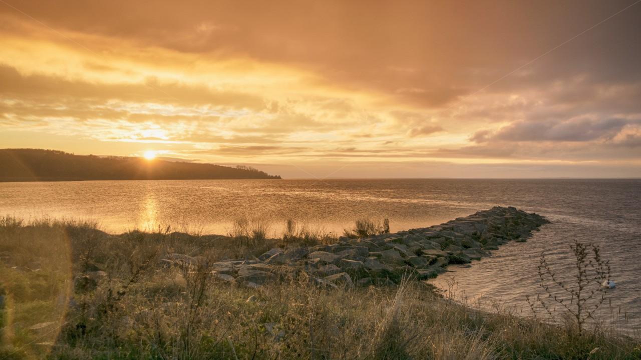 Sunset im Hafen von Gager