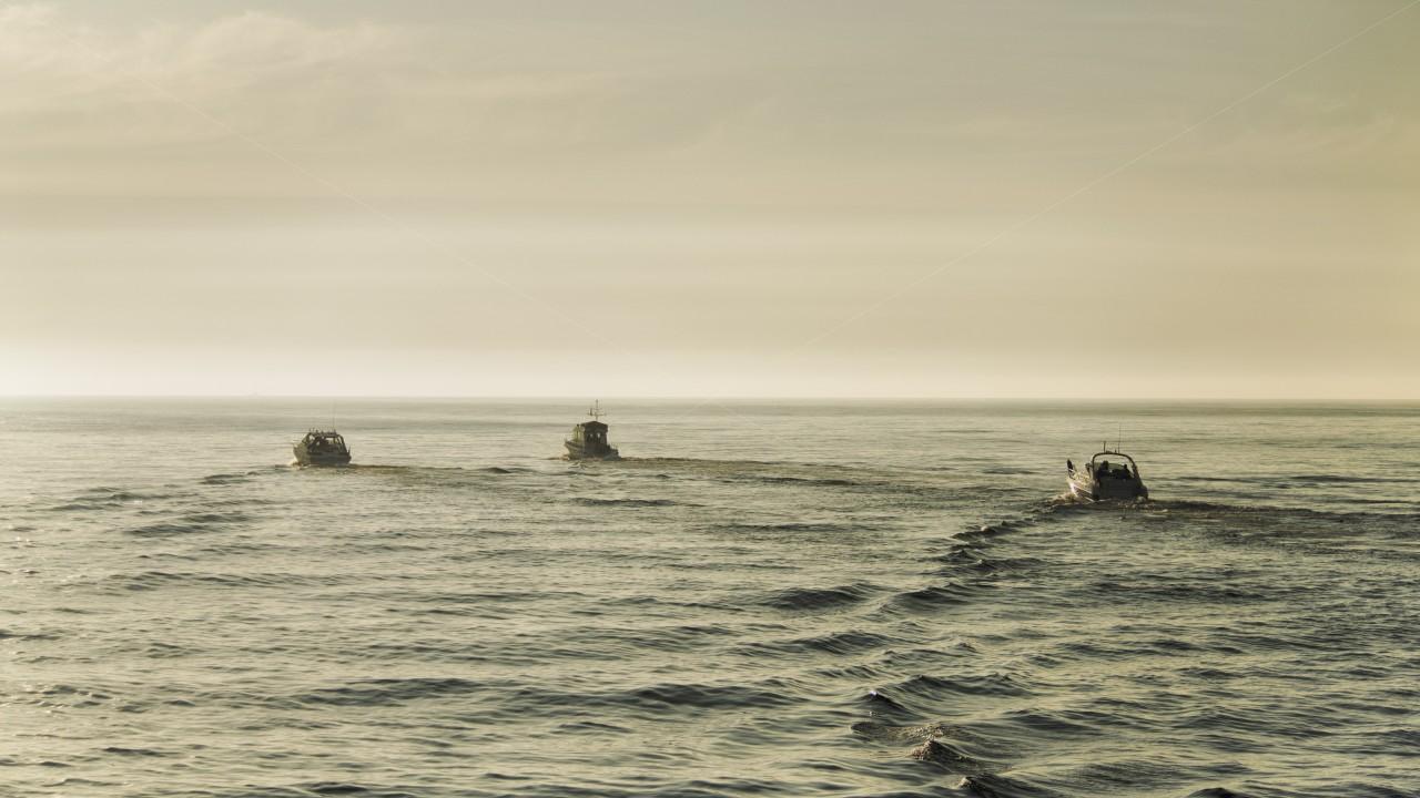 Motorboote auf See