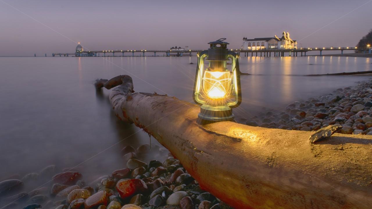 Lampe am Strand