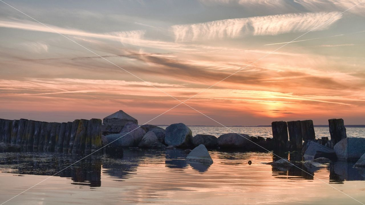 Sonnenuntergang beim Martinshafen Sagard