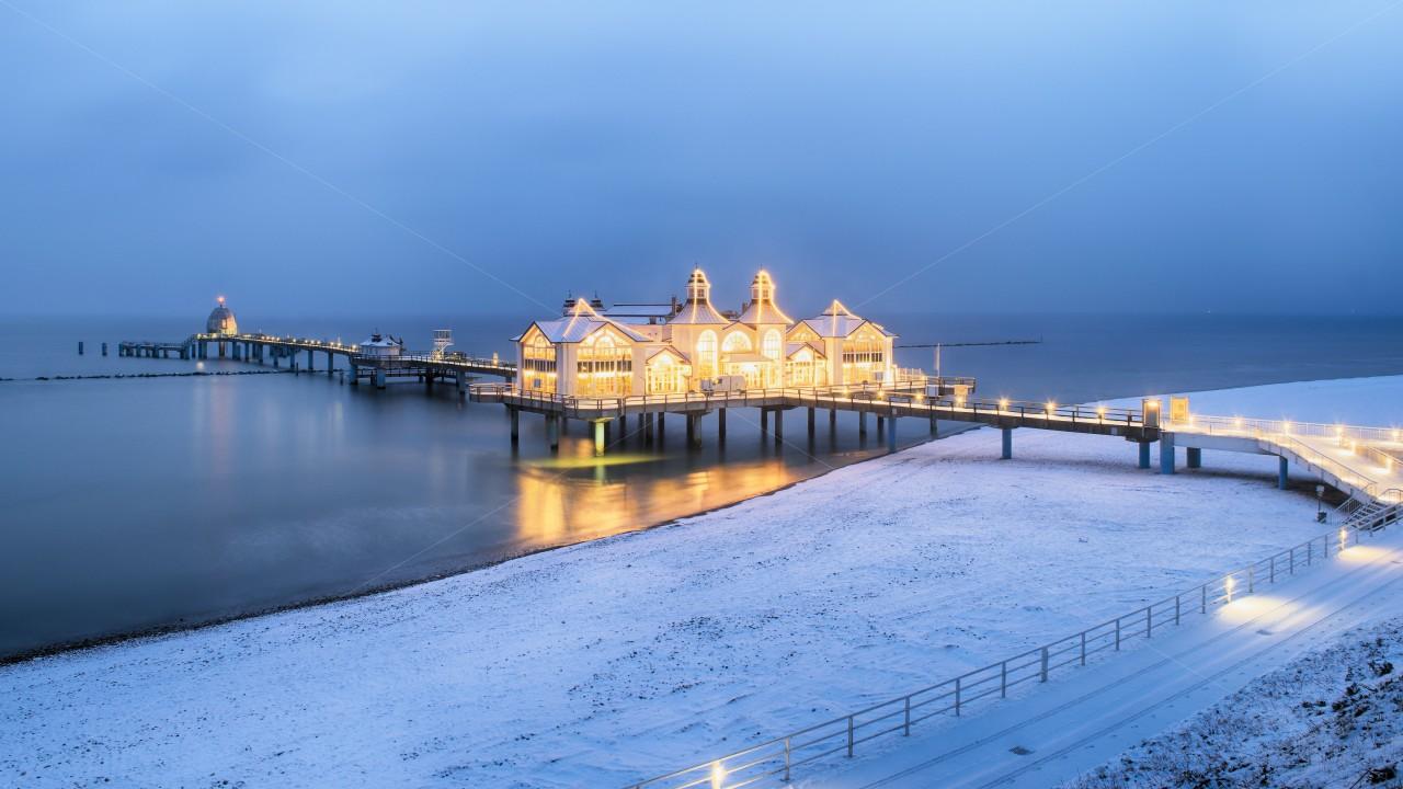 Seebrücke Sellin im Winter